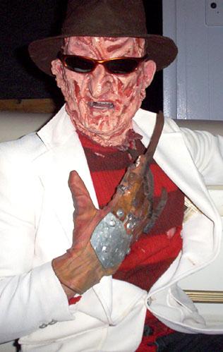 Message de bienvenue parmi Nous : Freddy